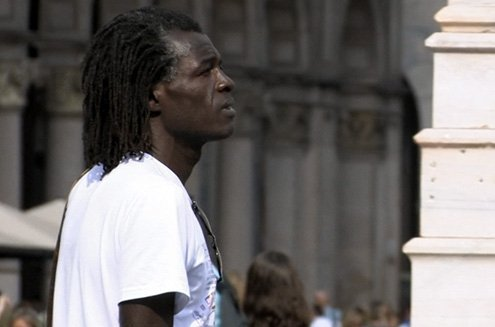 Two cases of racist violence, in Milan and Florence.
