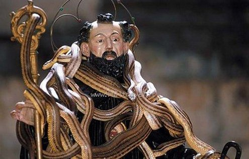 In honor of patron St. Dominick, serpents are the mainstay.