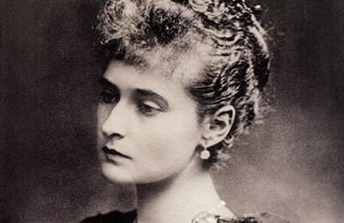 She was a granddaughter of Queen Victoria.